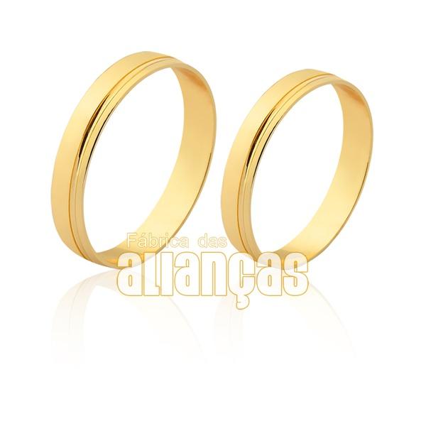 Aliança em ouro 18k com friso