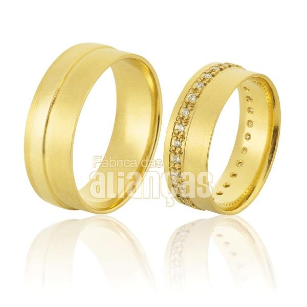 Alianças De Noivado e Casamento Em Ouro Amarelo 18k 0,750 Fa-903