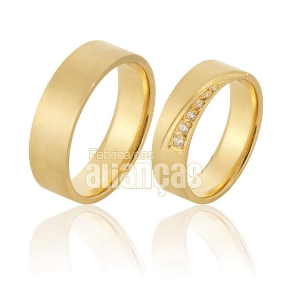 Alianças De Noivado e Casamento Em Ouro Amarelo 18k 0,750 Fa-927