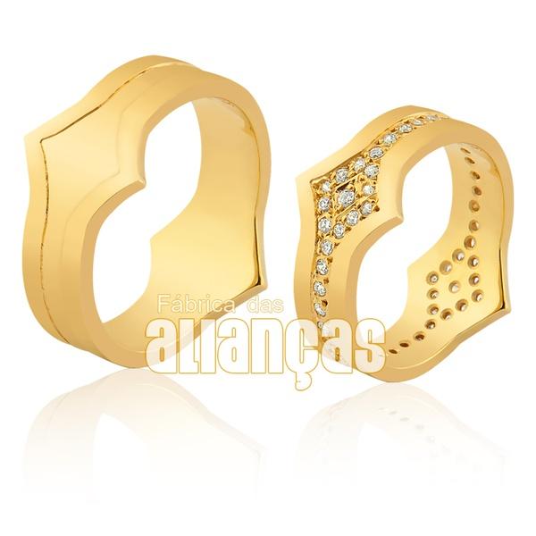 Alianças De Noivado e Casamento Em Ouro Amarelo 18k 0,750 Fa-942