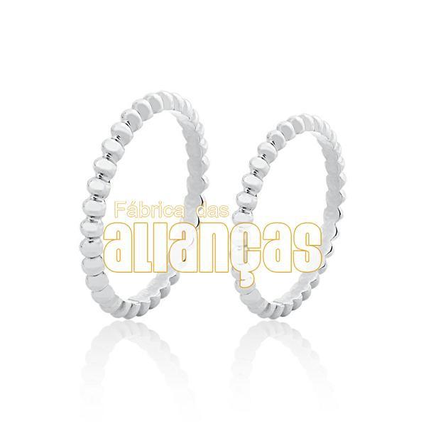 Aliança De Noivado e Casamento Em Ouro Branco 18k 0,750 Fa-986-b
