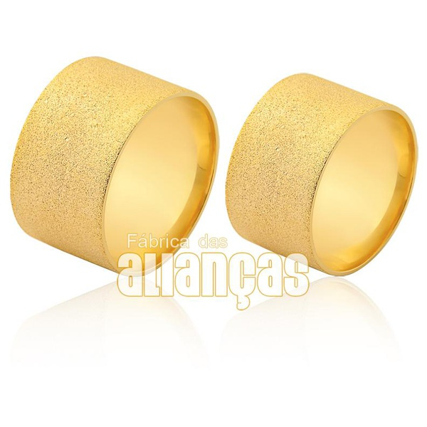 Aliança em ouro 18k diamantada