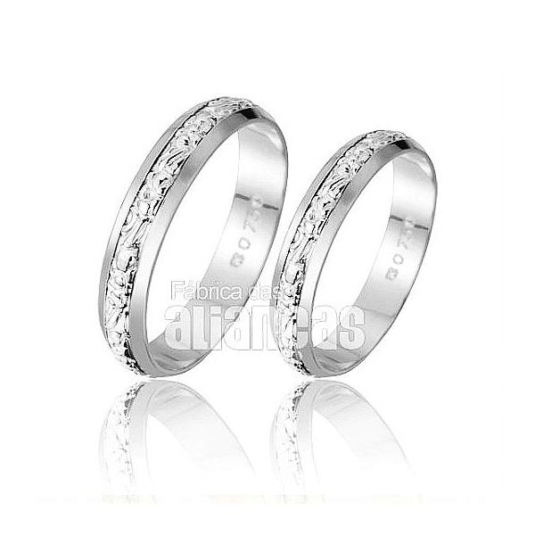 Alianças De Noivado e Casamento Em Ouro Branco 18k 0,750 Fa-224-b