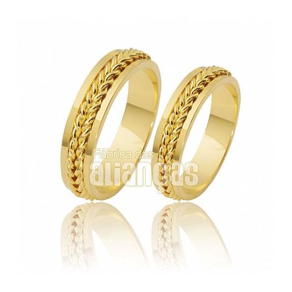 Alianças De Noivado e Casamento Em Ouro Amarelo 18k 0,750 Fa-250