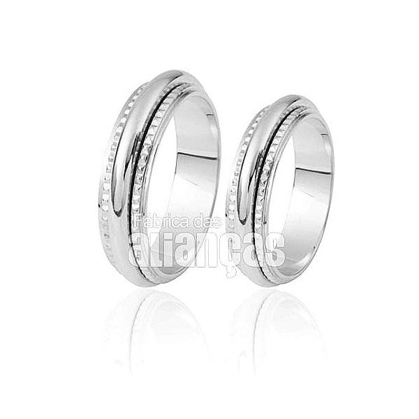 Aliança De Noivado e Casamento Em Ouro Branco 18k 0,750 Fa-261-b