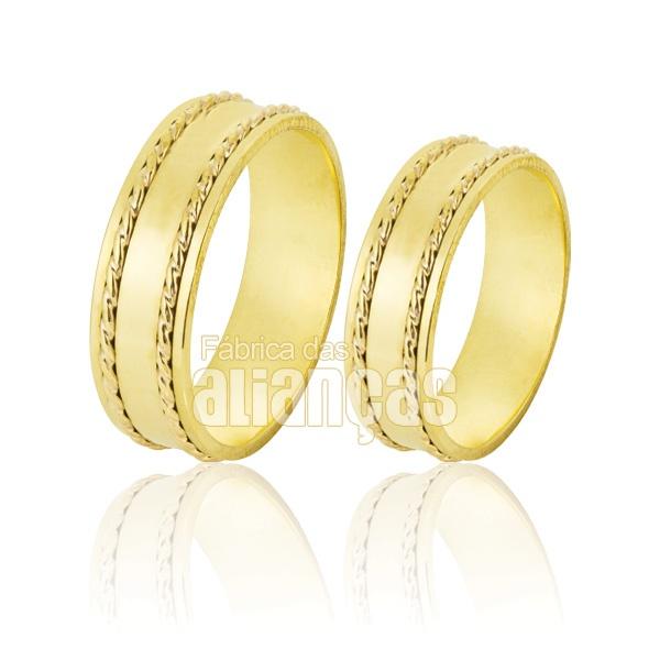 Alianças De Noivado e Casamento Em Ouro Amarelo 18k 0,750 Fa-271