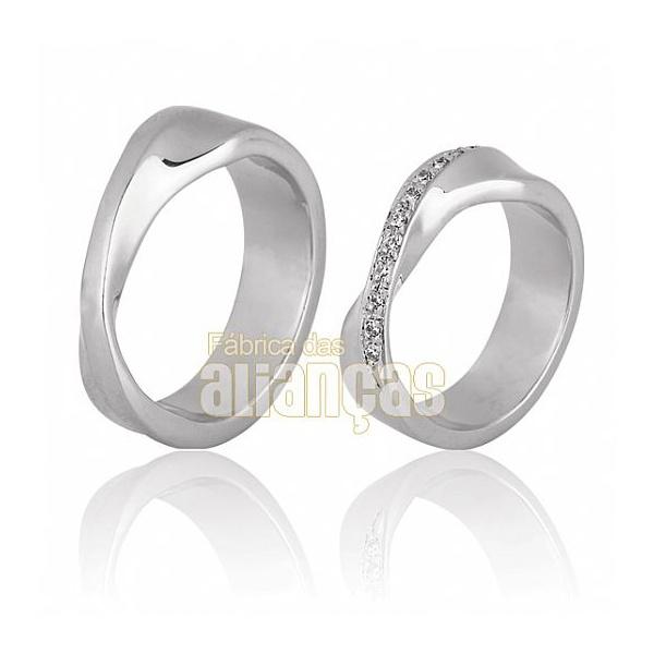Aliança De Noivado e Casamento Em Ouro Branco 18k 0,750 Fa-397-b