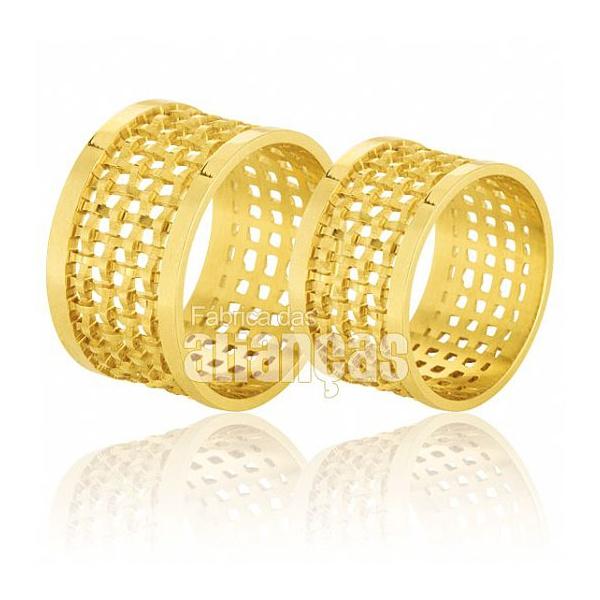 Alianças De Noivado e Casamento Em Ouro Amarelo 18k 0,750 Fa-562