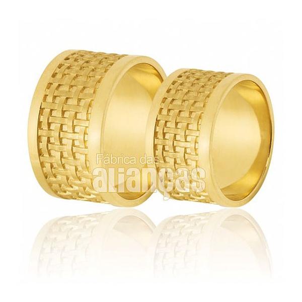 Alianças De Noivado e Casamento Em Ouro Amarelo 18k 0,750 Fa-563 - FA-563 - Fábrica das Alianças