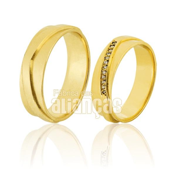 Alianças De Noivado e Casamento Em Ouro Amarelo 18k 0,750 Fa-564