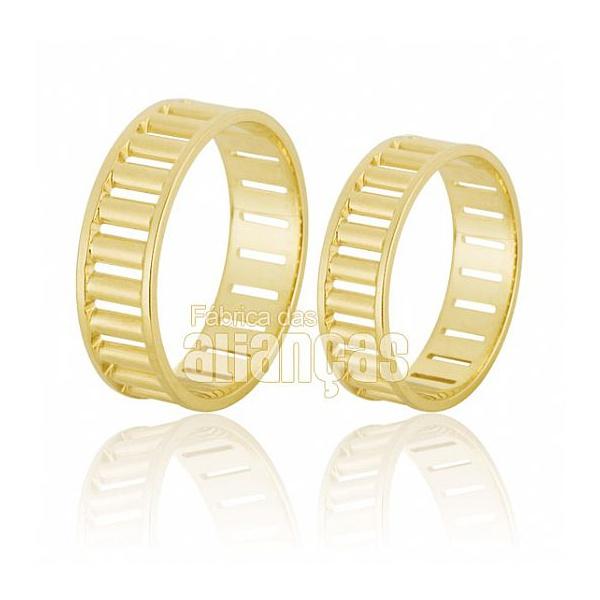 Alianças De Noivado e Casamento Em Ouro Amarelo 18k 0,750 Fa-580