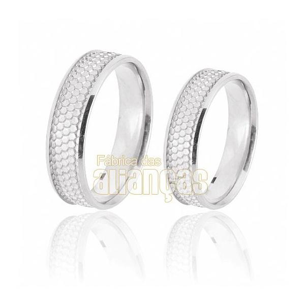 Aliança De Noivado e Casamento Em Ouro Branco 18k 0,750 Fa-668-b