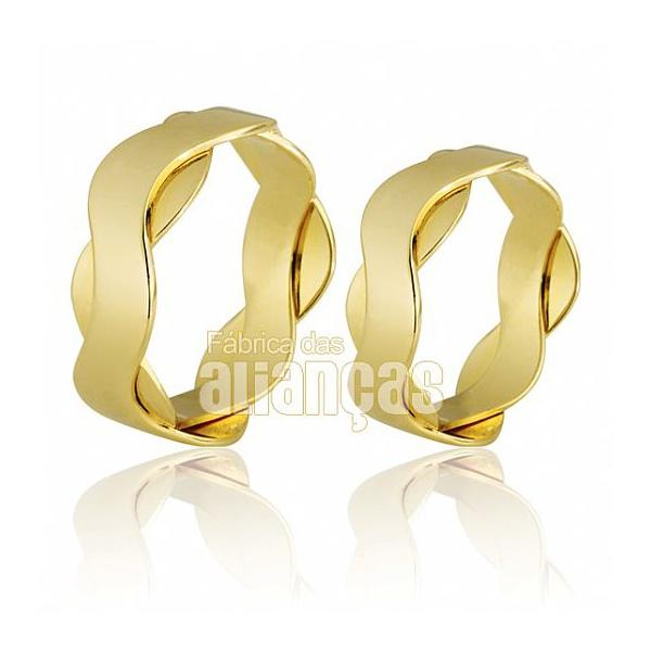 Alianças De Noivado e Casamento Em Ouro Amarelo 18k 0,750 Fa-682