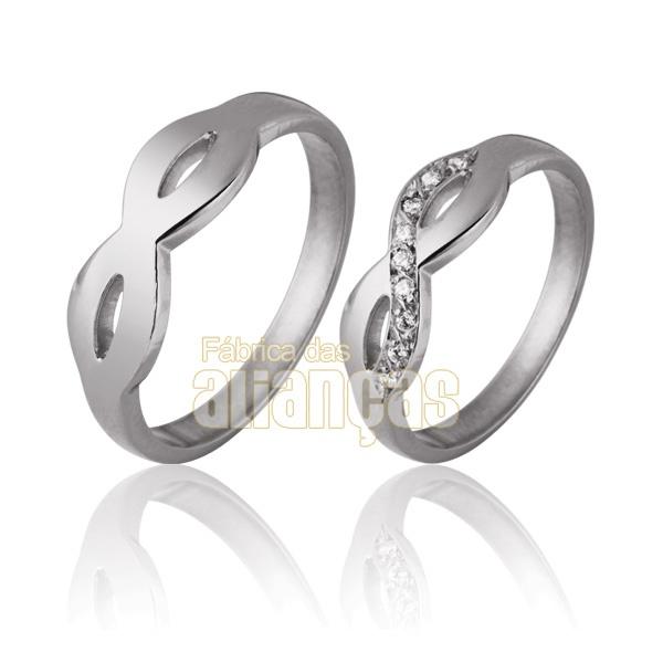 Aliança De Noivado e Casamento Em Ouro Branco 18k 0,750 Fa-728-b