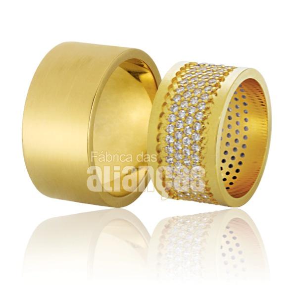 Alianças De Noivado e Casamento Em Ouro Amarelo 18k 0,750 Fa-781