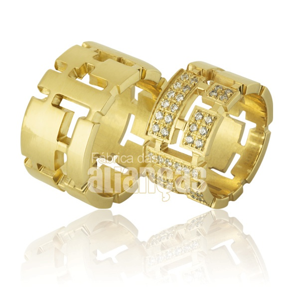 Alianças De Noivado e Casamento Em Ouro Amarelo 18k 0,750 Fa-761
