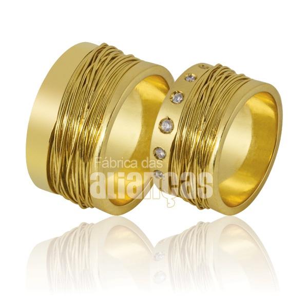 Alianças De Noivado e Casamento Em Ouro Amarelo 18k 0,750 Fa-854