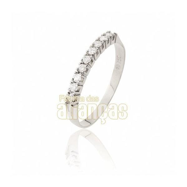 Meia Aliança Com Diamantes Em Ouro Branco 18k 0,750 Fa-ma-01-b