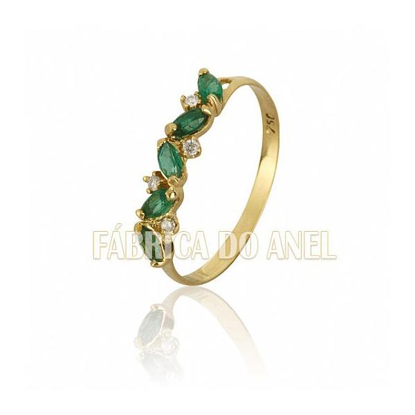 Meia Aliança Com Esmeraldas e Diamantes Em Ouro 18k 0,750 Fa-ma-09