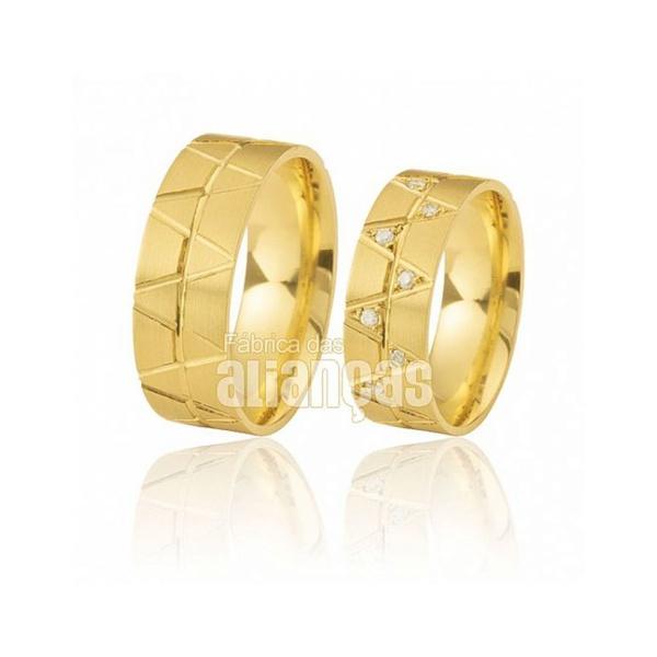 Alianças De Noivado e Casamento Em Ouro Amarelo 18k 0,750 Fa-375