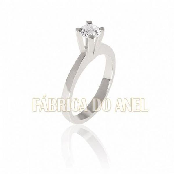 Anel Solitário Ouro Branco 18k Com Diamante De 0,50 Pontos