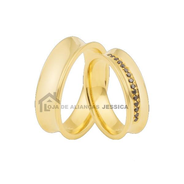 Aliança Concava Em Ouro 18k Com Diamantes Negros - L-DA-69 - Alianças Jessica