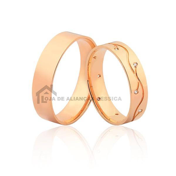 Alianças Em Ouro Rose 18k Com Diamantes