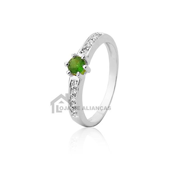 Anel de Prata com Pedras Verdes