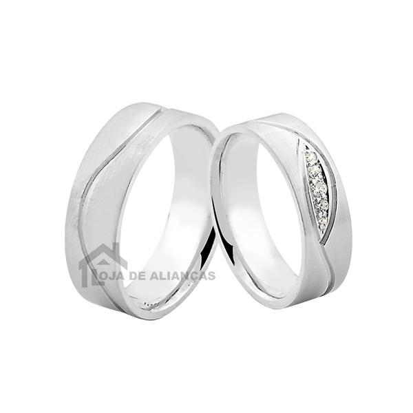 Aliança De Namoro De Prata Com Pedras