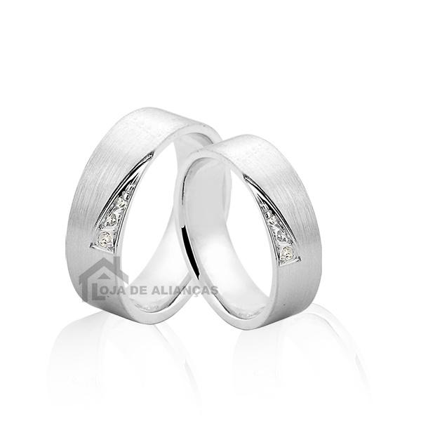 Alianças De Prata Com Pedras