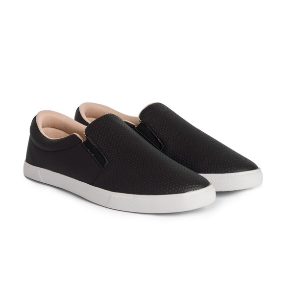 Tênis Slip On Casual Preto
