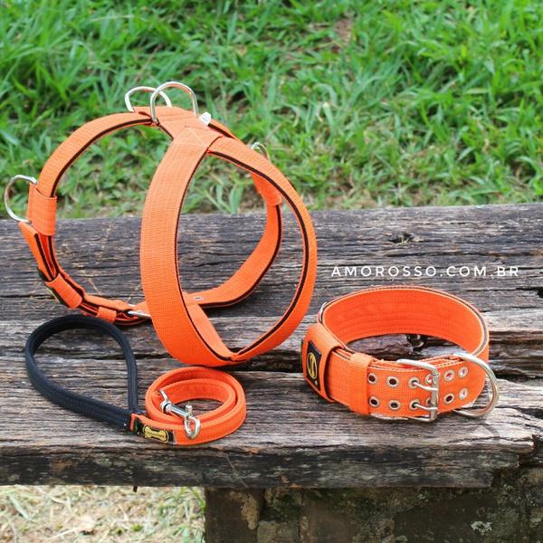 Kit Tradicional Amorosso (laranja e preto) (Peitoral + Coleira + Guia)