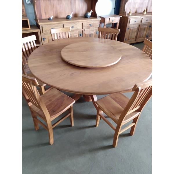 Mesa redonda com giratório