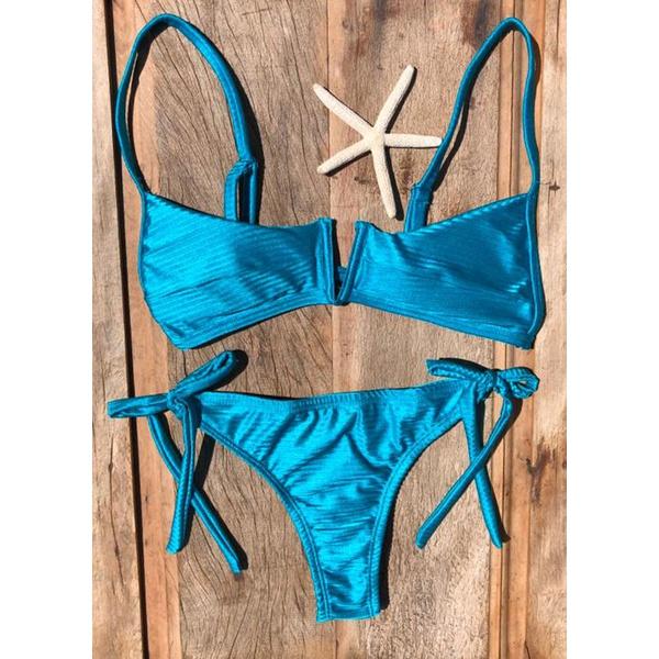 Biquíni Top Decote V Pâmela Azul Canelado