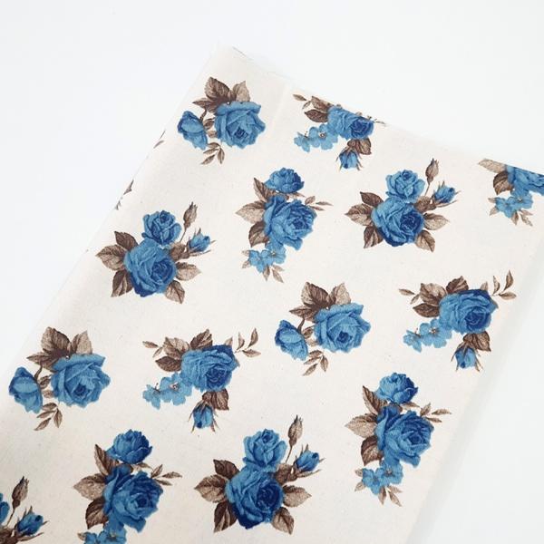 Tecido Linho Misto Estampado - Floral Azul - 484.V... - BOUTIQUEDASRENDAS
