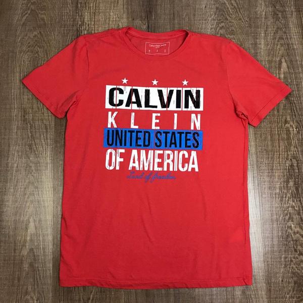 Camiseta Ck Vermelho⭐