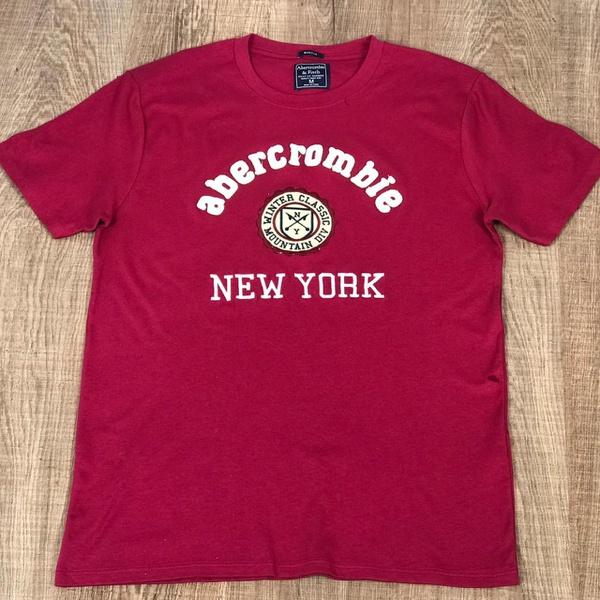 Camiseta Abercrombie Vermelho Cereja