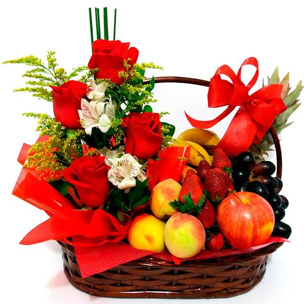 Amor com Flores e Frutas