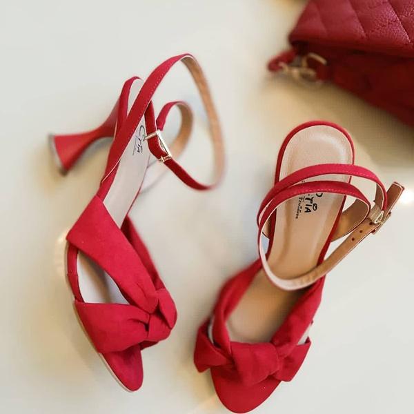Sandália Ampulheta Vermelha