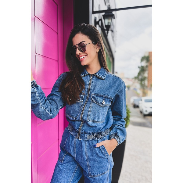 Jaqueta cropped elastico alcance jeans