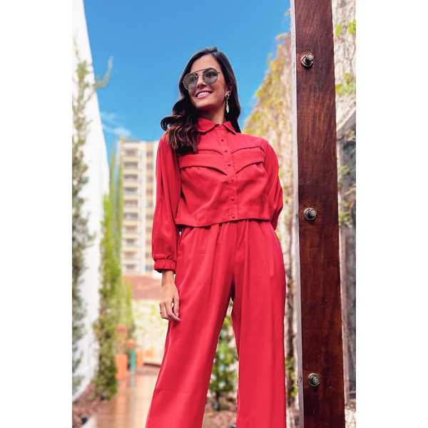 Camisa alfaiataria vermelha vida bela