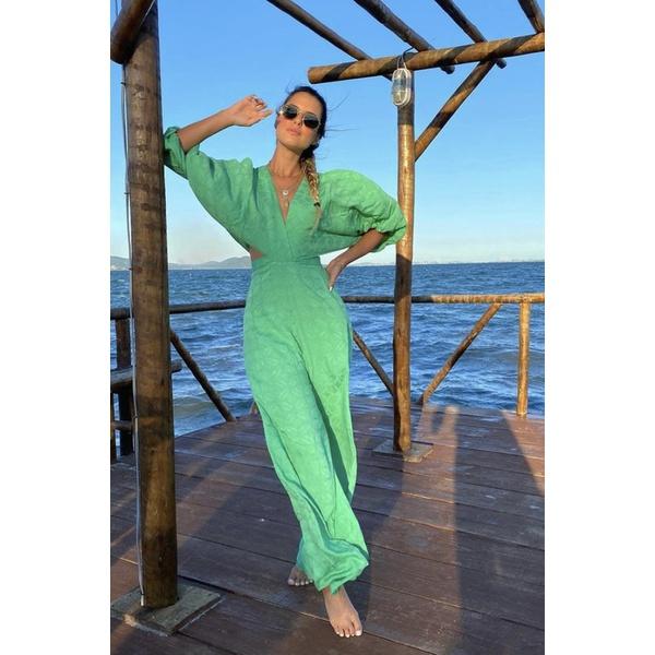 Macacão pantalona verde salgunamu