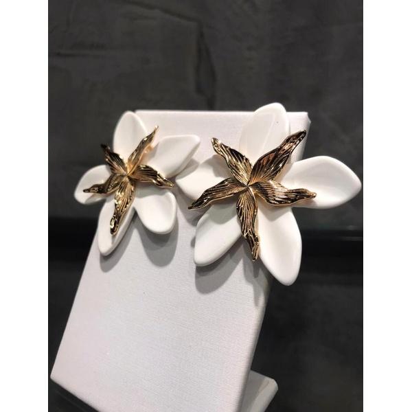 Orquídea Branca Resinada No Banho de ouro 18k