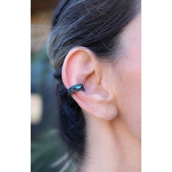 Piercing Esmeralda Colombiana meia volta cravejada com micro zirconia no banho de Ródio Black