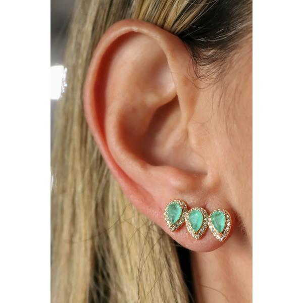 Brinco Ear Cuff Gota Esmeralda Colombiana no Banho de Ouro 18K