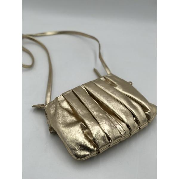 Bolsa Clara Dourada