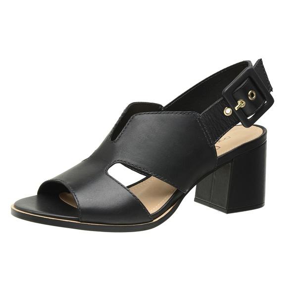 Sandália couro salto bloco preto