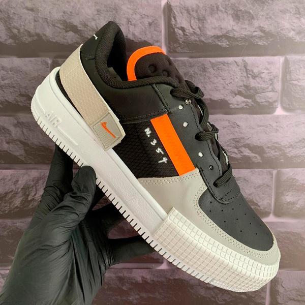Nike Type Preto e Cinza