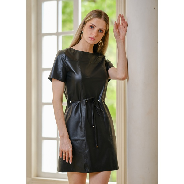 Vestido de Couro Preto Mirela