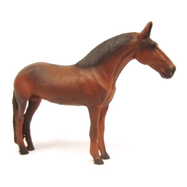 Estatueta de Cavalo Marrom em pé